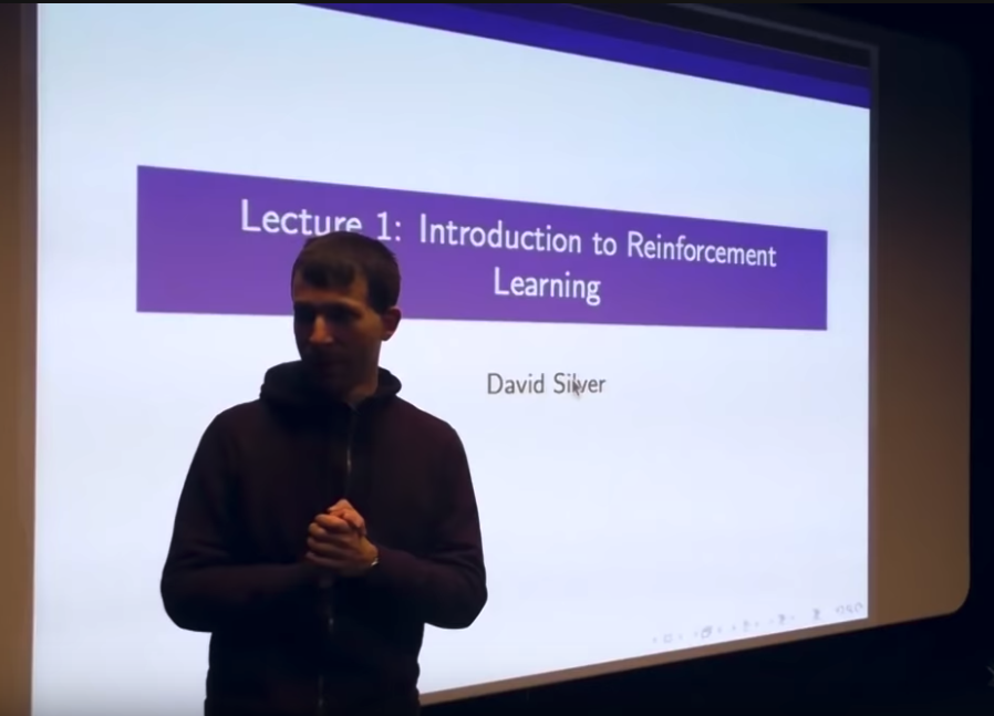 "First Lesson of ""Introduction to Reinforcement Learning"""